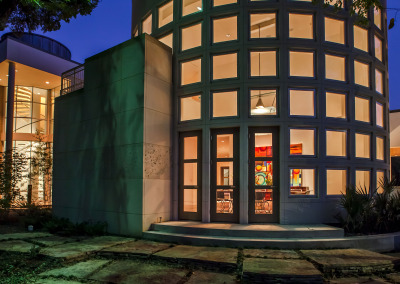 BROOKRIDGE–Ext-Dining-to-entry-night